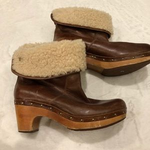 UGG Shoes - UGG   Leather Sherpa Boots Sz 9